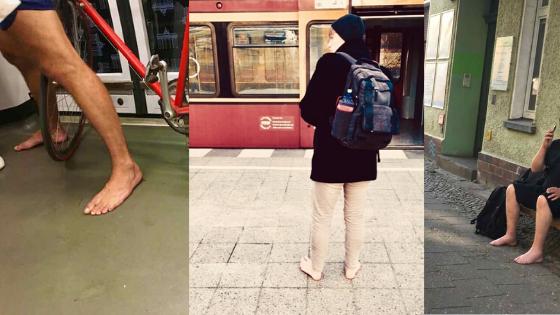 pessoas descalças pela cidade